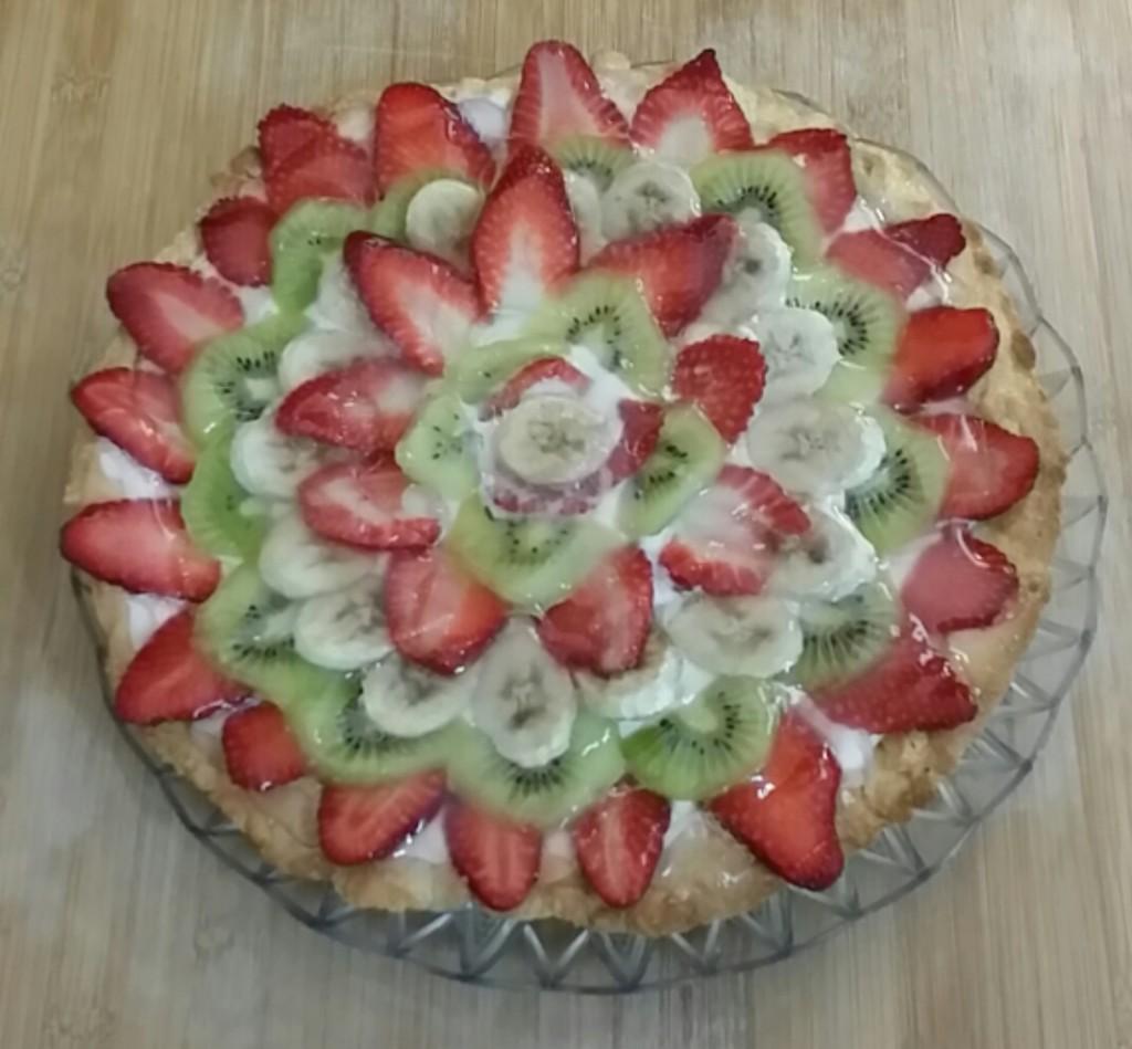 Crostata mascarpone e panna con frutta fresca