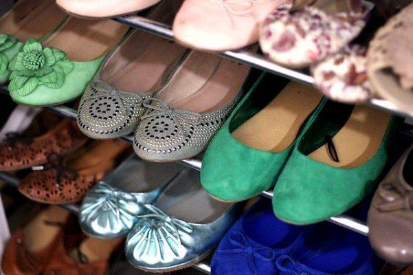 Come pulire e igienizzare la scarpiera