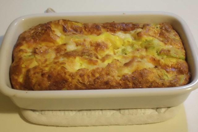 Frittata al forno con zucchine e fiori