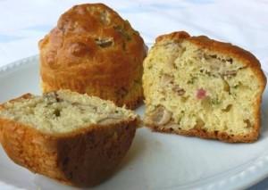 Muffin salati ai funghi e prosciutto cotto