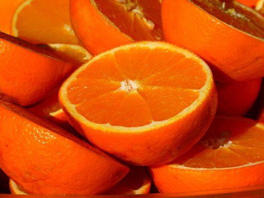 Arance, proprietà e benefici: contrastano cellulite e rughe